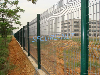 China Galvanized 3d Curved Wire Mesh Panels