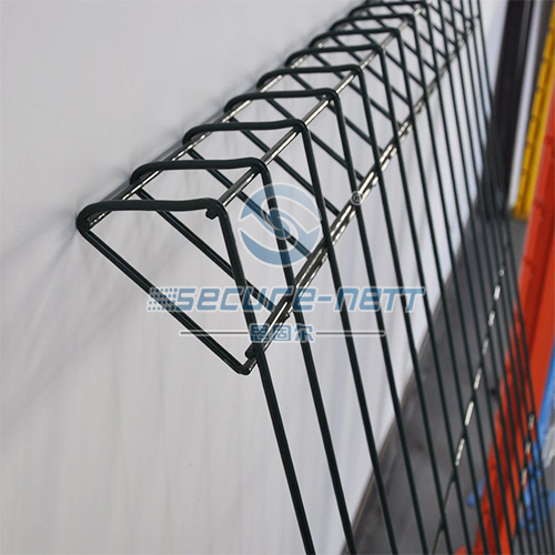 P top welded wire mesh fence