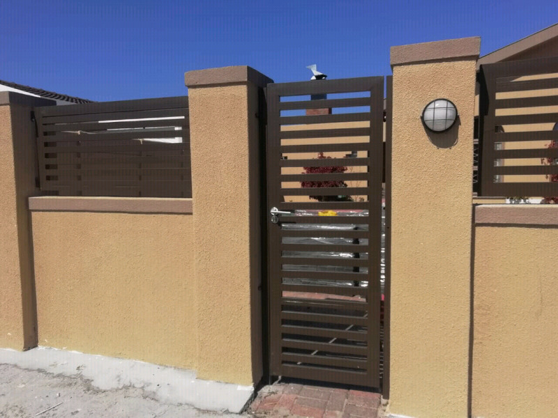 2.4m x 4.0m Double Leaf Palisade Security Gate